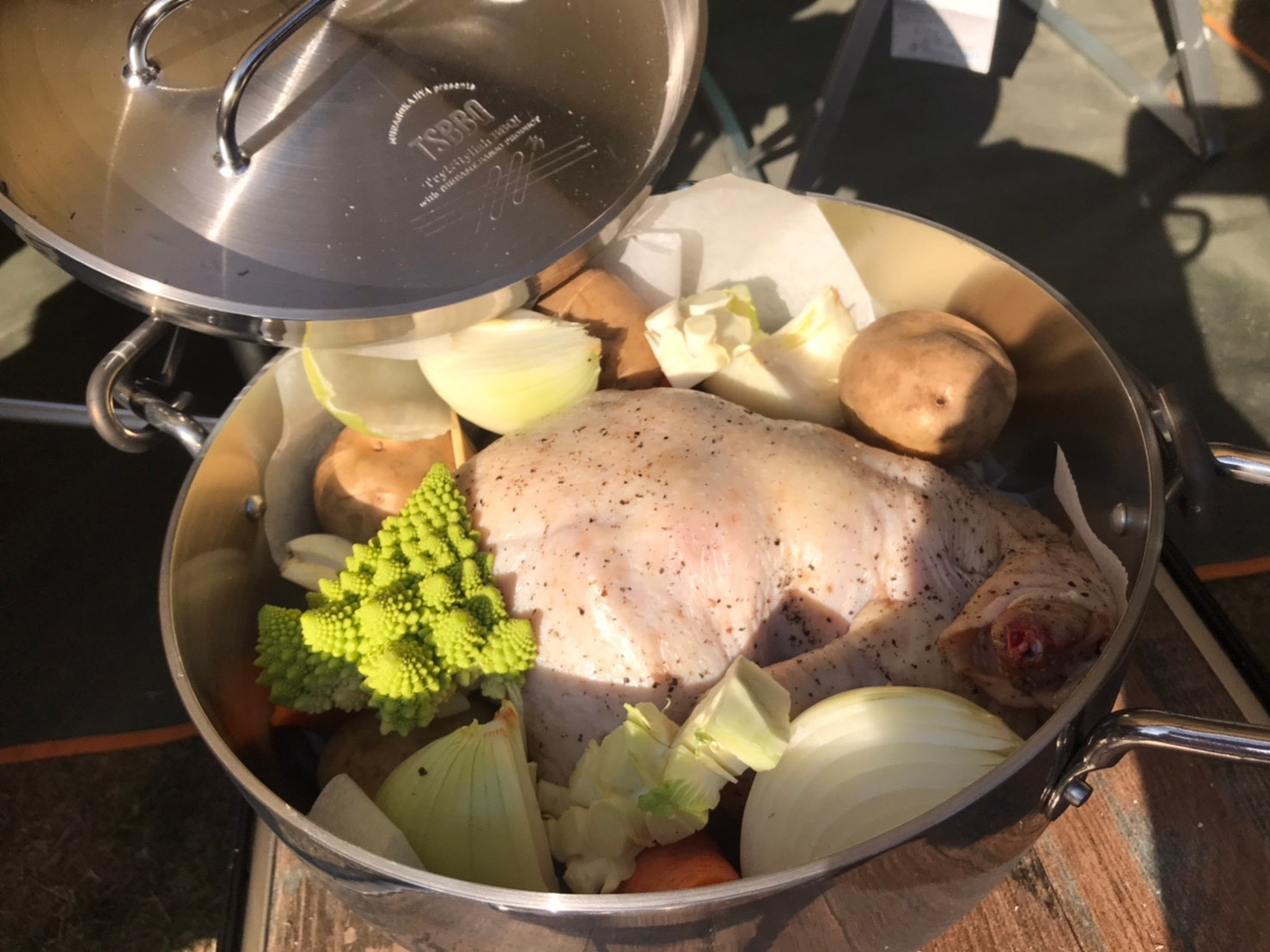 stainless dutch oven (2)